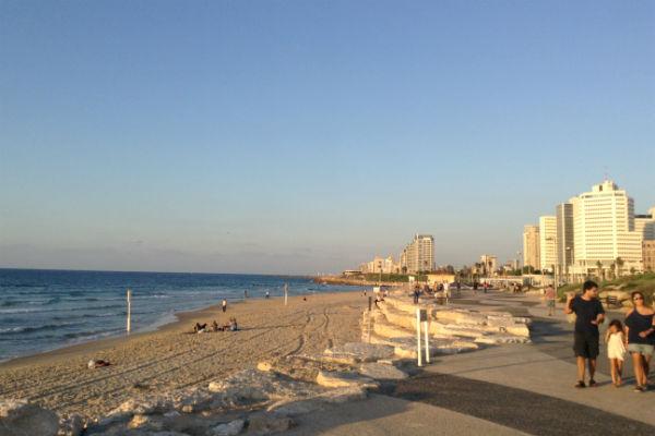 Israel-praia-de-tel-aviv