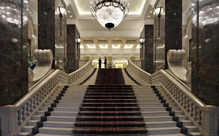 escadaria phoenicia hotel